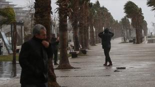 Meteorolojiden 9 il için fırtına uyarısı
