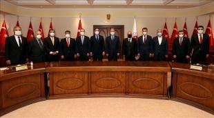 Milli Savunma Bakanı Akar, Avrupa'daki Türk dernek ve STK temsilcileriyle bir araya geldi
