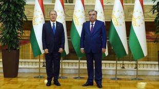 Milli Savunma Bakanı Akar Tacikistan'da Cumhurbaşkanı Rahman ile görüştü