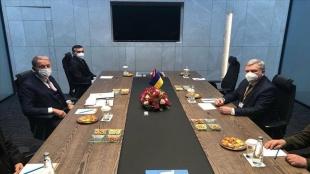 Milli Savunma Bakanı Akar, Ukraynalı mevkidaşı Taran ile görüştü