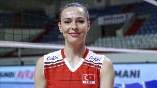Milli voleybolcu Eda Erdem Dündar, Avrupa Şampiyonası'nda en iyiler arasına girdi
