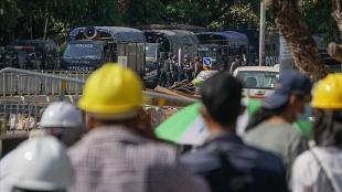 Myanmar'da güvenlik güçleri, askeri yönetim karşıtı grup liderini gözaltına aldı