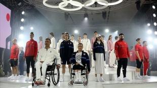 Olimpik sporcular 'Tokyo 2020 Team Türkiye Koleksiyonu'nu tanıttı