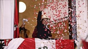 Peru'da devlet başkanlığı seçimlerini sol partinin adayı Pedro Castillo kazandı
