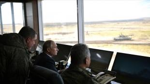 Putin: Rus ordusunu güçlendirmeye ve modern silahlarla donatmaya devam edeceğiz