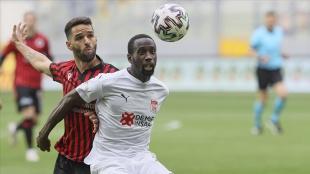Sivasspor, deplasmanda Gençlerbirliği'ni 3-2 mağlup etti