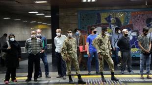 Tahran metrosundaki elektrik kesintisi rejim karşıtı protestolara yol açtı
