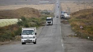 Terör örgütü YPG/PKK, Haseke-Irak arasındaki Simalka Sınır Kapısı'nı sivil geçişlere kapattı