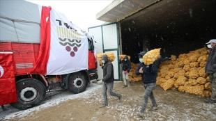 Toprak Mahsulleri Ofisi, ihtiyaç sahiplerine dağıtılacak patatesin alımına başladı