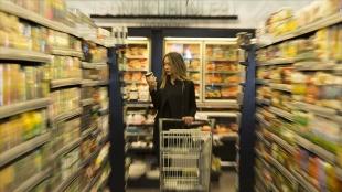 Tüketici güven endeksi eylülde aylık bazda yüzde 1,8 artarak 79,7 oldu