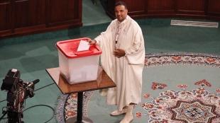 Tunus'ta, Meclis'te 18 milletvekili bulunan Onur Koalisyonu'nun Başkanı Seyfeddin Mah