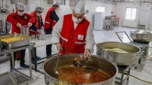 Türk Kızılayın kazanları ramazan ayında da ihtiyaç sahipleri için kaynayacak