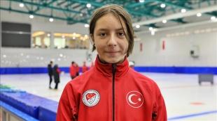 Türkiye rekoru kıran short track sporcusu Derya Karadağ'ın hedefi Pekin Olimpiyatları