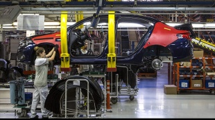 Türkiye'de üretilen her iki otomobilden biri Bursa'da banttan indirildi