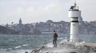 Türkiye'nin kuzeydoğusunda yarın fırtına bekleniyor