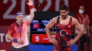 Türkiye'nin olimpiyat madalya sayısı 'dalya' dedi