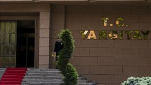 Yargıtay, FETÖ'ye yardımdan ceza alan Ahmet Altan ve Nazlı Ilıcak hakkındaki kararı bozdu