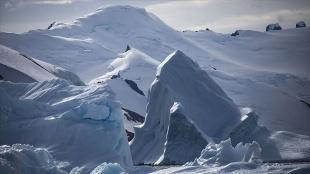 Yeni Zelanda, Antarktika üssünün yeniden inşası için 247 milyon dolar harcayacak