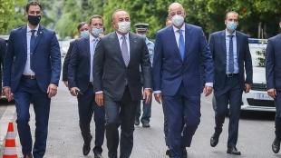 Yunan basınından Çavuşoğlu'nun Atina'daki temasları için 'samimi atmosferde geçti&#03