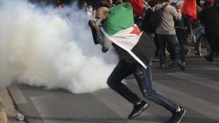 Yunanistan'da İsrail karşıtı göstericilere polis müdahale etti